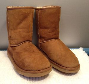 Authentic UGG Australia 5825 Classic Short Chestnut Brown Womens Boots Shoes 8 | eBay