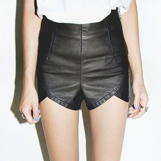 shorts cuir