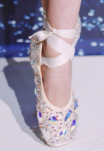 Glitter Pointe Glitter Ribbon Pointed Toe