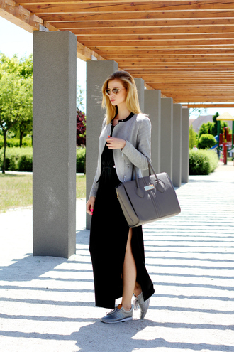 beauty fashion shopping blogger slit maxi skirt grey jacket grey bag