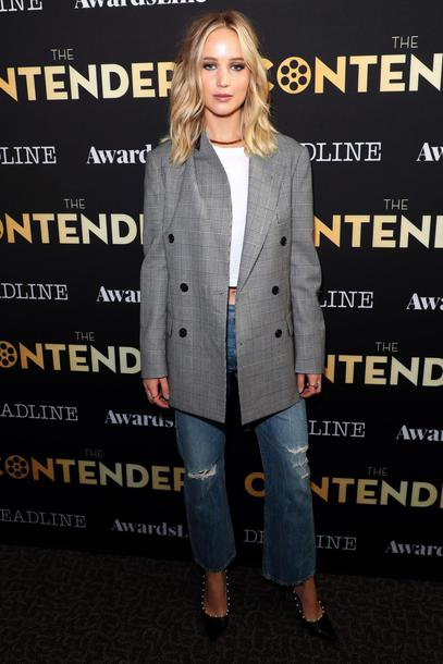 jacket jeans pumps jennifer lawrence fall outfits top shoes