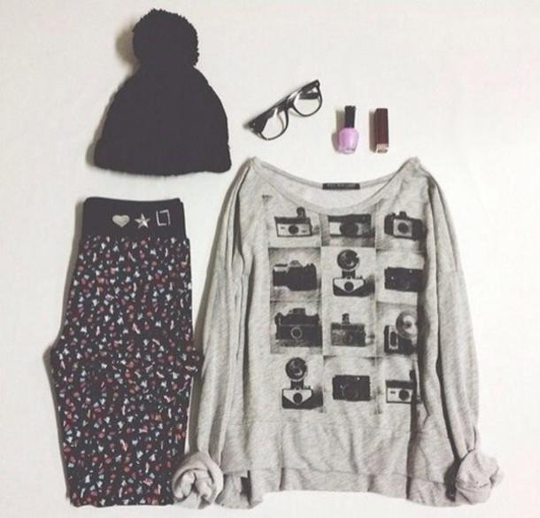 t-shirt pants sunglasses pom pom beanie photography hipster black beanie glasses hipster wishlist outfit ebay