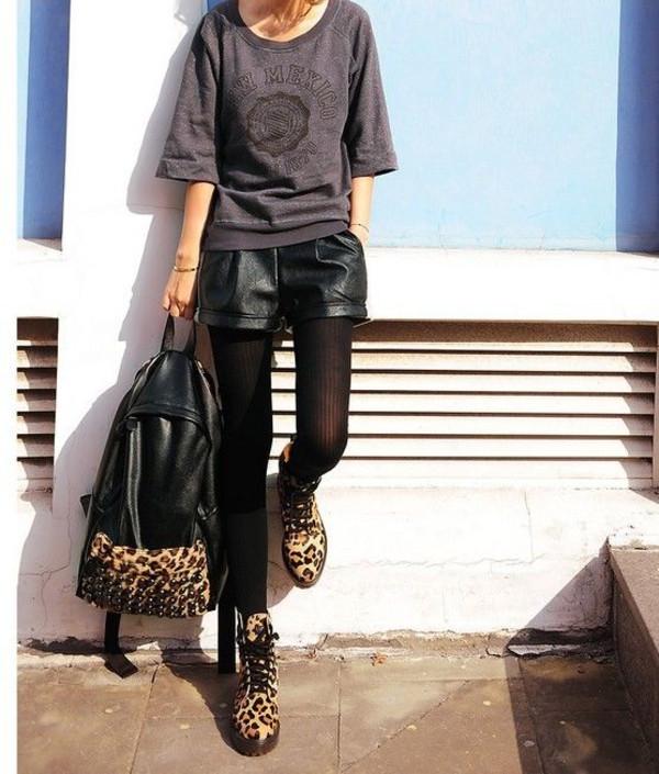 shorts black pleather black shorts leather shorts pleather shorts bag shoes shirt