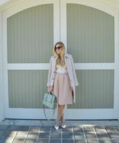 fash boulevard,blogger,bag,jacket,pastel,baby pink,satchel bag,sunglasses,midi skirt,white sweater,pink skirt