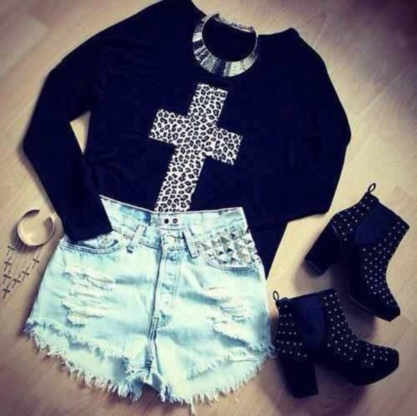 sweater sweatshirt High waisted shorts denim shoes jewelry jeans black high heels boots