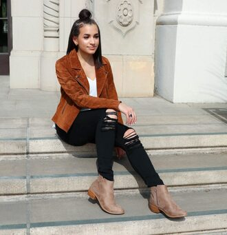 hashtagfablife blogger jacket top jeans shoes brown jacket fall outfits black jeans ankle boots