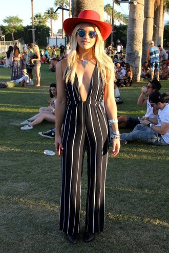 jumpsuit stripes black and white coachella fedora red hat
