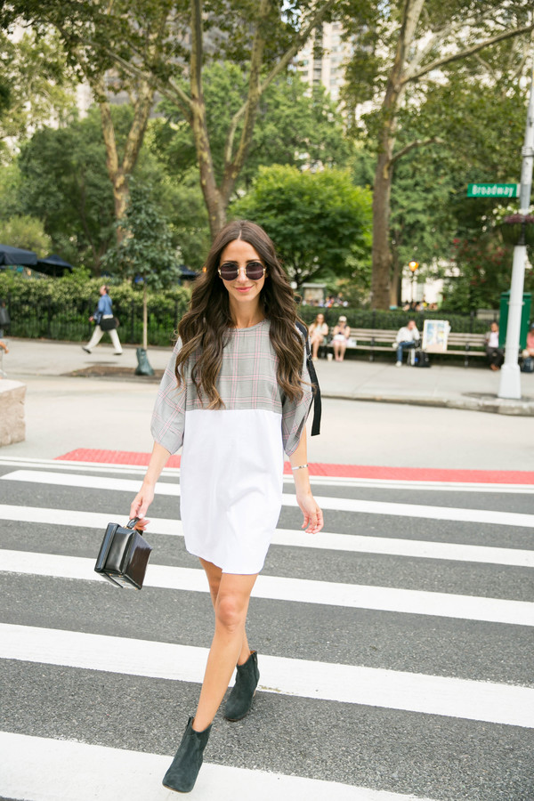 something navy blogger dress shoes bag sunglasses