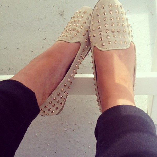 shoes flats studs beige