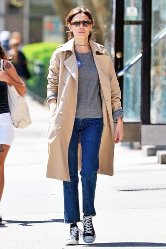 le fashion image blogger sunglasses jeans beige coat grey top skinny jeans adidas grey sweater