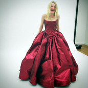 jacket,dress,gown,prom dress,red carpet dress,bustier,red dress,dakota fanning,wedding dress
