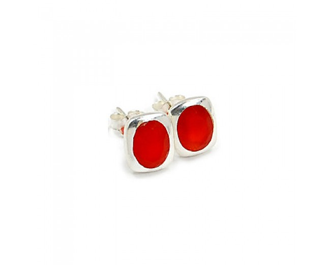 Amazing 925 sterling silver Gemstone Faceted Carnelian Stud