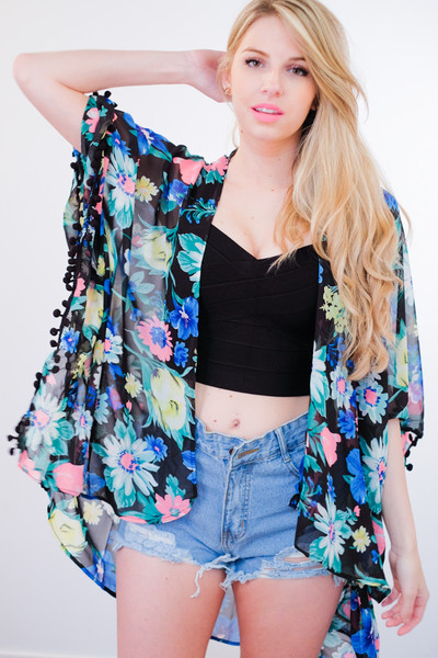 Coachella Floral Print Kimono Pom Pom Cape (2 colors available) – Glamzelle
