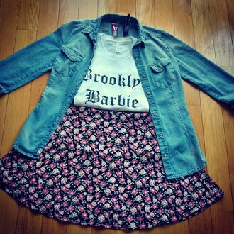 top cute brooklyn barbie brooklyn denim jacket floral floral skater skirt girly ootd white top white t-shirt t-shirt skirt shirt jacket denim jeans lipstick summer sweater sweatshirt white new york city blogger quote on it oversized sweater oversized shirt tumblr girl tumblr clothes tumblr outfit tumblr fashion tumblr shirt barbie outift