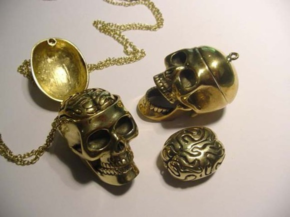 skull jewels cool brains necklace