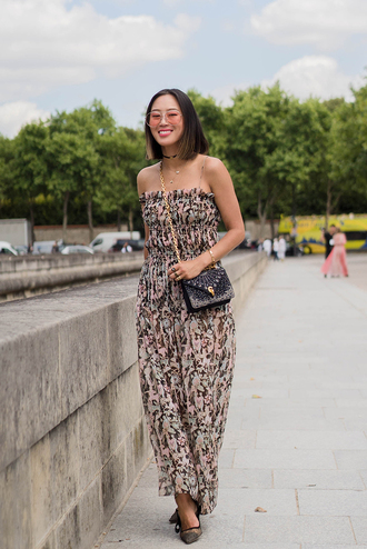 dress tumblr maxi dress streetstyle floral floral dress floral maxi dress bag black bag pumps sunglasses shoes