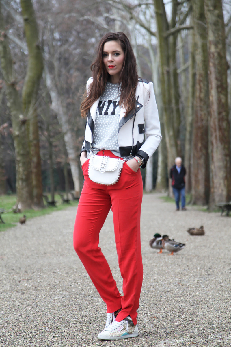 Casual chic look: perchè indossare le sneakers è tutto un programma!