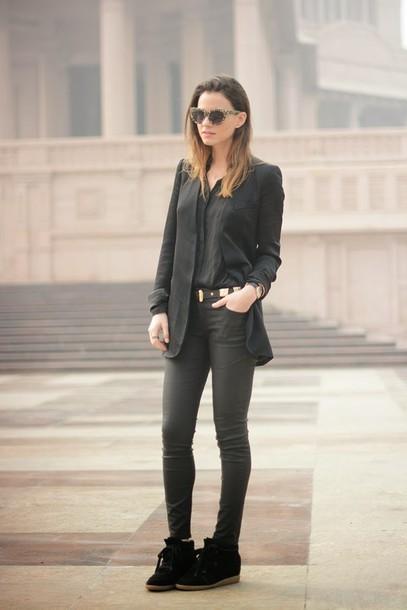 fashion vibe jeans shoes shirt belt jacket