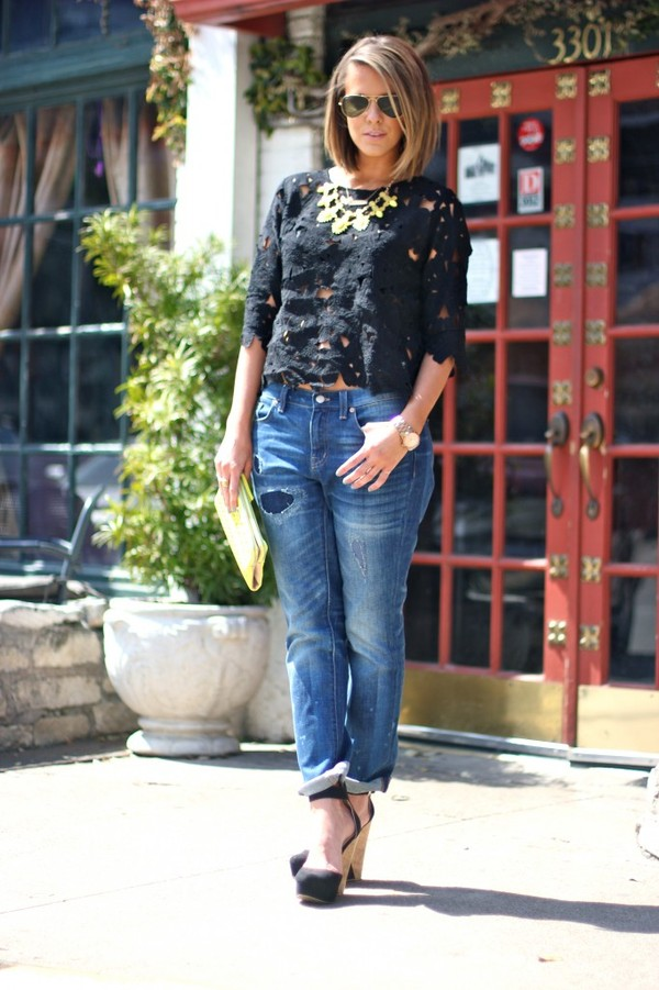 the courtney kerr t-shirt jeans shoes bag sunglasses jewels