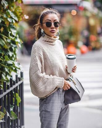 sweater tumblr knit knitwear nude sweater pants grey pants bag grey bag sunglasses coffee