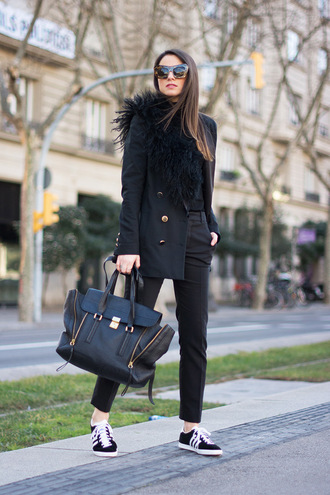 fashion vibe blogger pants bag sweater sunglasses jacket shoes