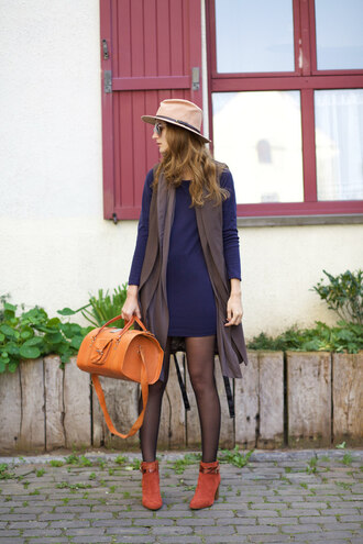 from brussels with love blogger sweater dress jacket shoes bag sunglasses