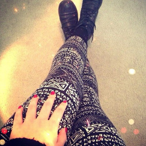 tights black and white
