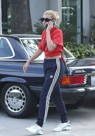 pants sweatpants sofia richie streetstyle t-shirt