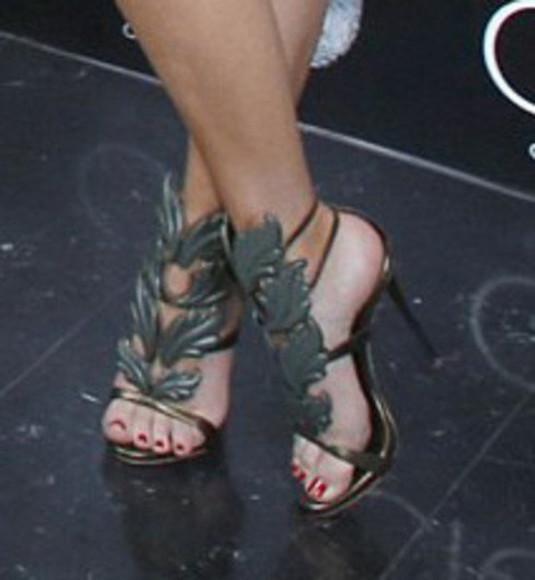 shoes leaf sandals bay leaf bay kardashian kardashians