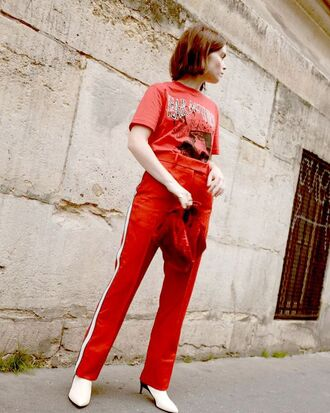 pants red red pants red top top boots white boots