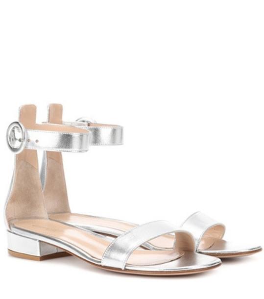 Gianvito Rossi Exclusive to mytheresa.com – Portofino 20 leather sandals in silver