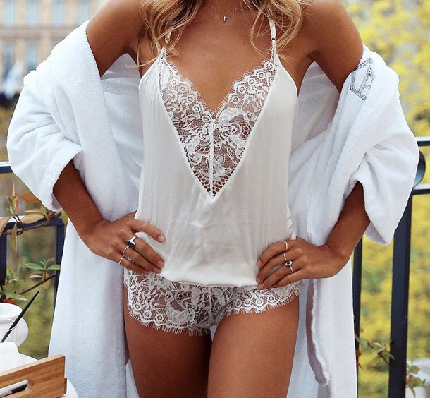 pajamas white lingerie lingerie lingerie set bridal lingerie lace lingerie sexy lingerie lingerie top lingerie sexy silk pajamas pajama pants pajama shorts pyjama shorts satin pyjamas lace top camisole lace cami satin pajama set satin silk silky pajamas satin jumpsuit bralette lace bralette bra