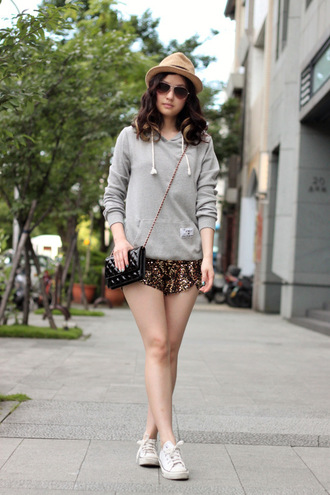 shorts sequin shorts sequins gold sequins sneakers white sneakers low top sneakers hoodie grey hoodie bag black bag crossbody bag chain bag sunglasses hat