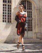 dress,silk dress,lace dress,flat sandals,jacket