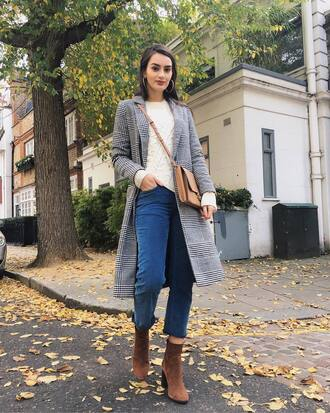 coat tumblr grey coat top sweater white sweater denim jeans blue jeans cropped jeans boots brown boots