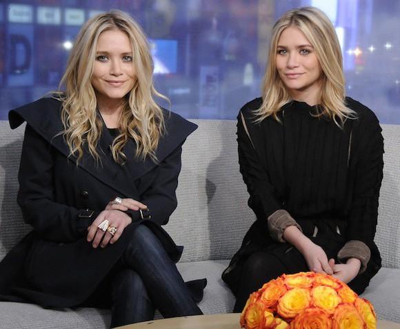 coat olsen sisters blogger