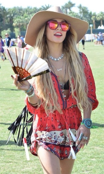 dress vanessa hudgens coachella