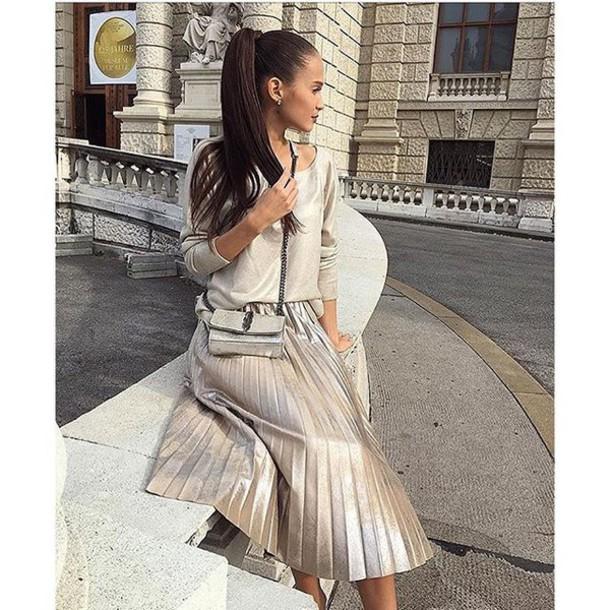 62d2172b24f6 skirt tumblr metallic pleated skirt pleated skirt midi skirt metallic  blouse metallic blouse bag silver bag