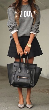 shirt,grey sweater,sweater,call of duty,jewels,bag,black bag,black,skirt,purse,sweatshirt,grey jumper,winter outfits,party,classy,black skirt,platform shoes,nude,high heels,heels,big bag,winter sweater,streetwear,style,streetstyle,sexy,skinny,denim,mini skirt,nude high heels,watch,skater,skater skirt,hot,cute,fashion,socks