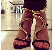 shoes,high heels,gold details,black,snake,designer,elegant,fierce,strappy sandals,strappy black heels,black and gold shoes