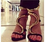 shoes,high heels,gold details,black,snake,designer,elegant,fierce,strappy sandals,strappy black heels,black and gold shoes
