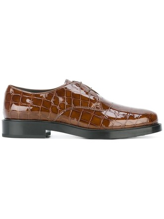 women leather brown crocodile shoes