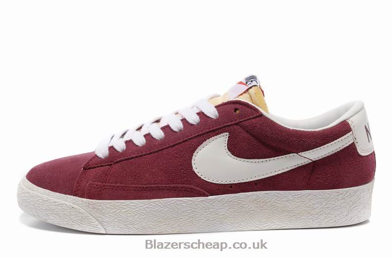 Shop a wide selection of maroon Nike shoes from DICK'S Sporting Goods. Pick up Nike maroon shoes for men, women and kids in a range of sizes and styles.