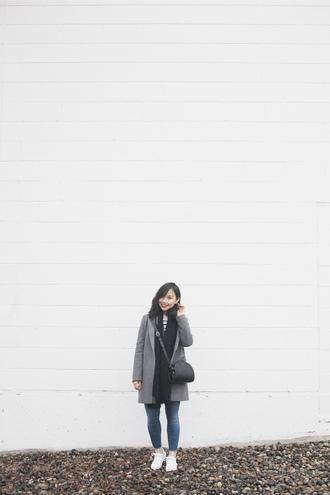 herwaisechoice blogger coat sweater jacket scarf shoes bag grey coat crossbody bag sneakers