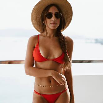 swimwear tumblr swimwear two piece bikini bikini top bikini bottoms sunglasses body chain hat