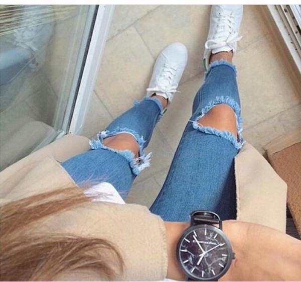 jeans ripped jeans light blue light washed denim high waisted jeans tumblr tumblr outfit grunge ripped knee jeans skinny jeans skinny cute autumn/winter hipster indie boho boho chic tight blue jeans light blue jeans