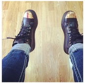 shoes,cap toe,gold,black,sneakers,cap toe shoes,high top sneakers,platform shoes