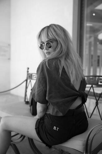 brooke testoni blogger top shorts sunglasses bag belt