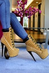 shoes,high heels,boots,timberland boots,brown wheat,booty,heels,spikes,timberland,coat,brown studded ankle boots