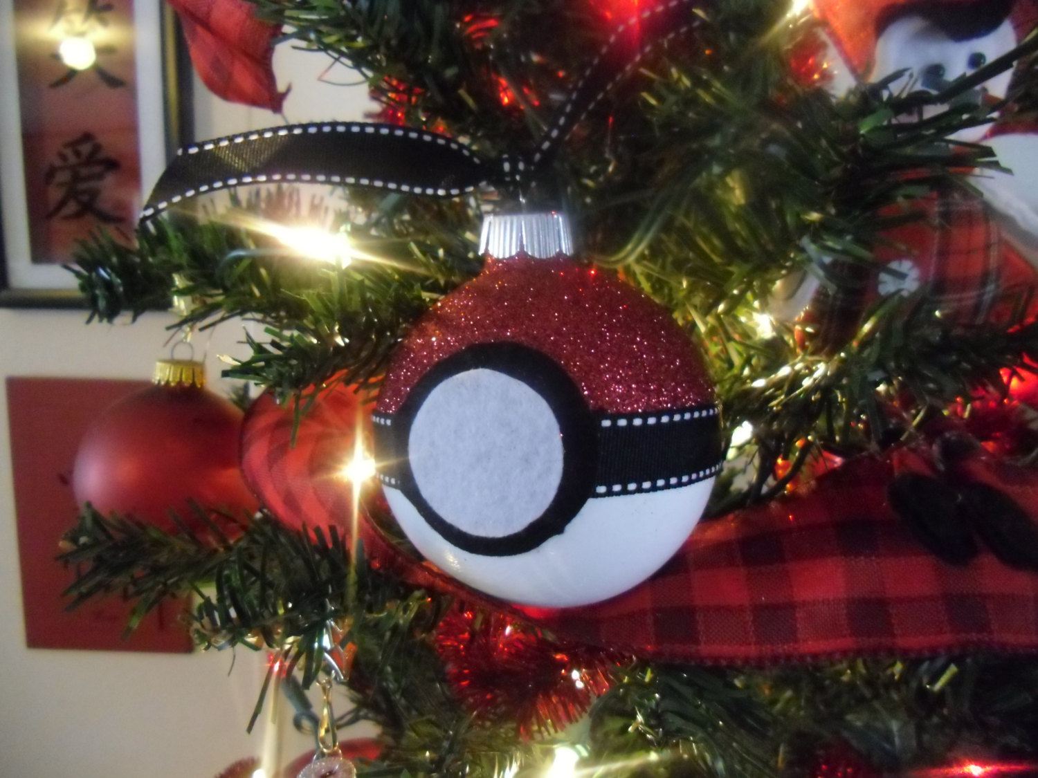 Pokemon pokeball glass christmas ball ornament